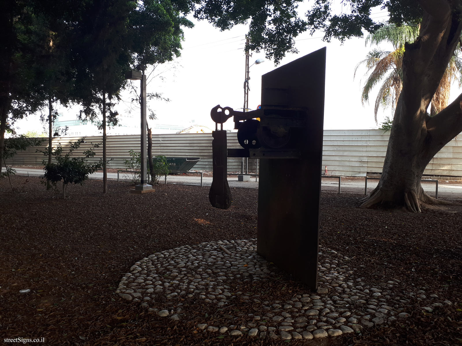 Tel Aviv - Tomarkin sculptures at Abu Nabot Park - Memory of the Future (for Walter Benjamin)